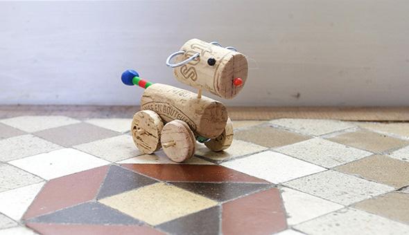 Perrito de corcho / Little cork dog / Kleiner Korkhund