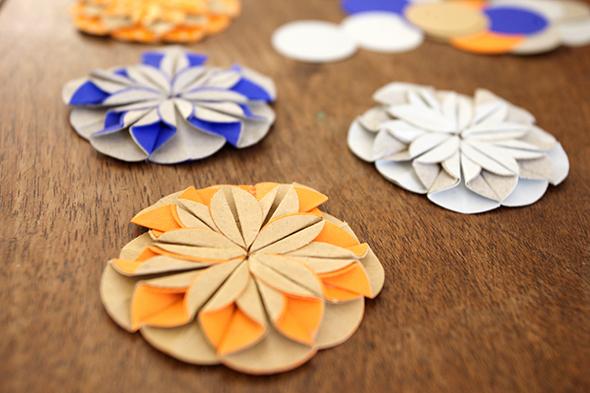 Papierblumen / Flores de papel / Paper flowers