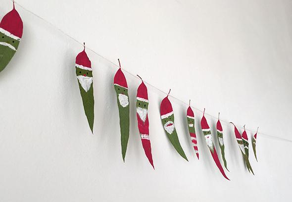 leaves blätter girlande papa noel hojas pintar malen bemalen color pintura navidad christmas weihnachten basteln craft manualidad kinder kids ninos