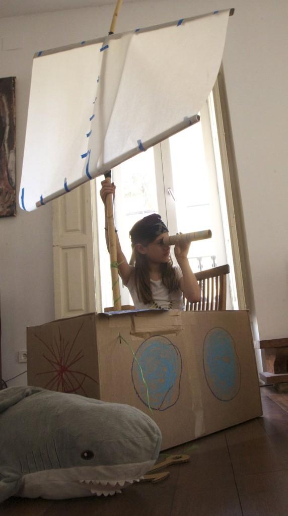 carton niño manualidad kids box carboard craft play jugar kinder karton spielen basteln barco schiff boat jugar