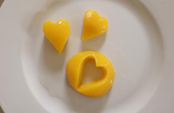 Postre con Corazon / Dessert with hearts / Nachtisch mit Herz