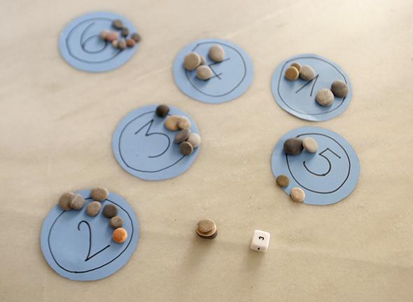 wuerfel kids spiel stein zahlen lernen dados juego piedras aprender dies game learn numbers rocks