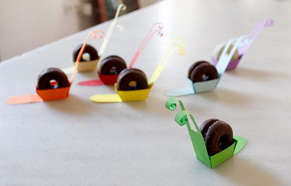 filipinos kekse galletas schnecke snail caracol paper papel papier deko deco tisch table mesa
