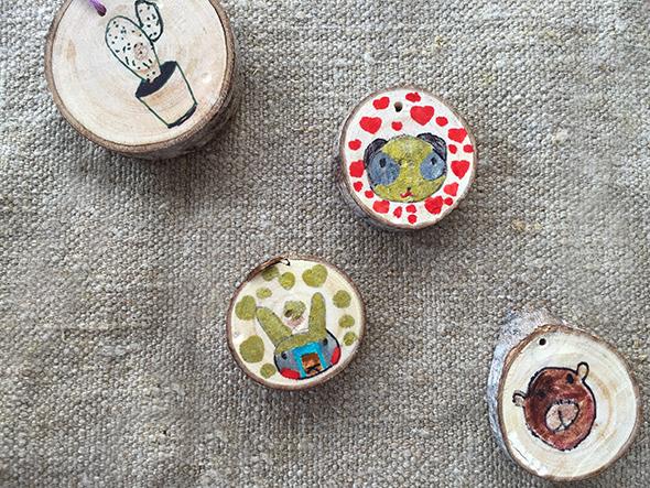 holzscheiben anmalen rodajas de madera pintar wood slices painted kids kinder niños manualidad basteln craft colgar