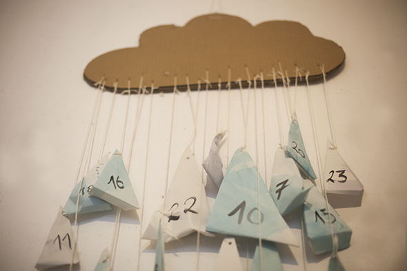calendario-adviento-advent-calendars-adventkalender-kids-ninos-kinder-karton-cardboard-carton-nube-wolke